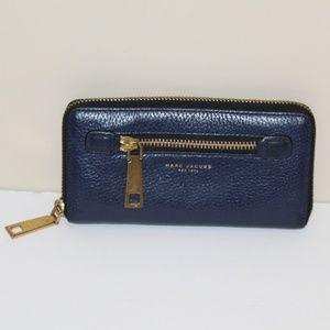 Marc Jacobs zip around wallet 100 % Cow Leather